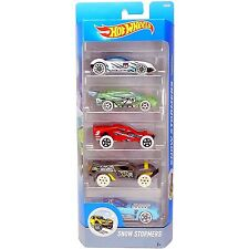 Hot Wheels SNOW STORMERS 1:64 Scale Diecast Vehicle 5-Pack Cars (DJD21) Mattel