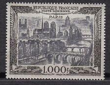 TIMBRE FRANCE PA POSTE AERIENNE N° 29 **  VUE DE PARIS