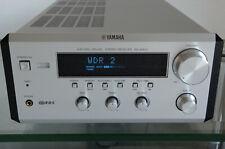 Yamaha RX-E400 Stereo-Receiver PianoCraft silber