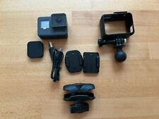 GoPro HERO5 Black Action Cam - (CHDNH-B15) mit riesigem Zubehörpaket und 128GB