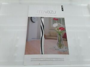 Vazu - Expandable Flower Vase - very good condition freepost