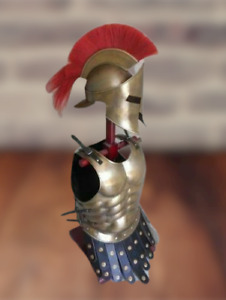 BRASS ANTIQUE ARMOR HELMET 300 LEONIDAS SPARTAN W/ RED PLUME AND MUSCLE JACKET