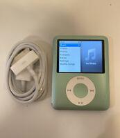 Apple iPod nano 3rd Generation Light Green (8 GB) PLEASE READ DESCRIPTION