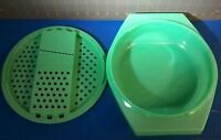 Vintage Tupperware 2pc Cheese Grater/Slicer & Bowl 786 -6 & 787 -6 Jadeite Green