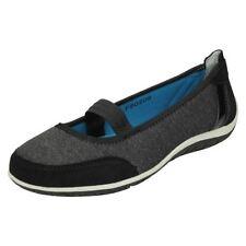 Zapatos planos de mujer de color principal negro de ante talla 38