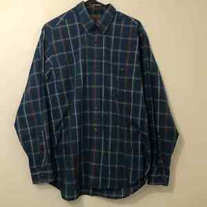Boston traders plaid button up men's large