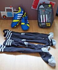 Fusball Adidas Set Schuhe Gr.32 -33 Socken ( 2 Paar)  Schienbeinschoner XS Neuw.