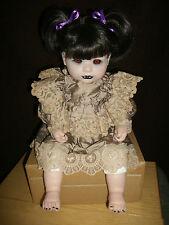 Berenguer - Vampir Kind ( Mädchen ) ca. 50 cm groß