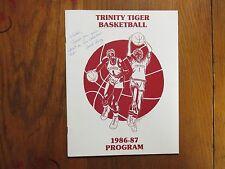 1986-87 Trinity University Basketball Guide(10 Signed/Duane Henry/John Spillane)
