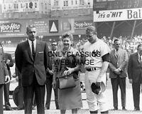 1965 MICKEY MANTLE & JOE DIMAGGIO NEW YORK YANKEES BASEBALL STADIUM 8X10 PHOTO
