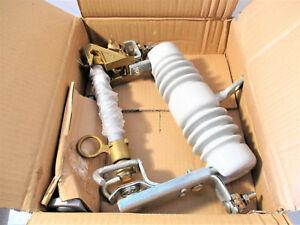 Powerline Hardware PLH-115-195PN Porcelain Fuse Cutout New