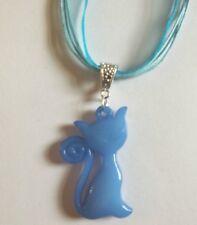 collier organza bleu avec pendentif chat bleu