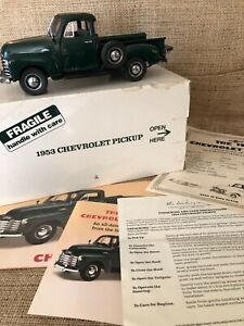 The Danbury Mint 1953 Chevrolet Pickup 1:24 Scale Die-Cast w/Box + Certificates