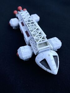 DINKY TOYS SPACE 1999 EAGLE TRANSPORTER DIE CAST ENGLAND - *ALL WHITE*