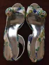 "MICHAELANGELO ""HAPPY"" BLUE FLORAL FABRIC SLINGBACK SANDALS SIZE 8M"