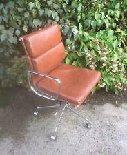 Vintage Retro Eames Industrial Stlye Tan & Chrome Office Swivel Chair