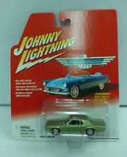 NEW Sealed 2002 Johnny Lightning 1968 T-Bird Ford Green Thunderbirds