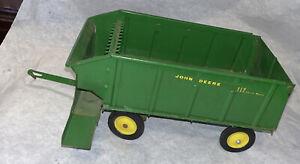 Vintage Ertl 112 John Deer Chuch Wagon Trailer 1/16 Nice!