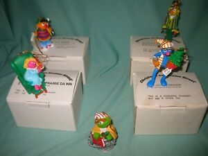 JIM HENSON CHRISTMAS ON SESAME STREET ORNAMENTS LOT OF 5 W/ ORIGINAL BOXES EXC