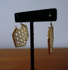 TORY BURCH PERFORATED LOGO HOOP EARRINGS GOLD COLOR. NEW