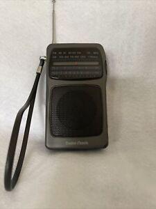 Radio Shack Pocket Radio Vintage  Cat No.12-617 TESTED WORKING
