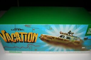 National Lampoons Vacation 1/18 Wagon Queen Family Truckster Greenlight