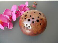 Grès vintage pique fleurs forme boule marron châtaigne , no joulia , à voir