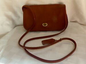 """Vintage Coach """"Penny"""" Brown Leather Purse (9375)"""