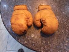 belle petite paire de gants de boxe enfant