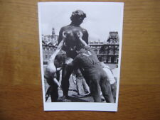CP carte postale Postcard ROBERT DOISNEAU VENUS PRISE A LA GORGE