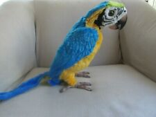 SQUAWKERS McCAW  TALKING PARROT FUR REAL FRIENDS BY HASBRO  WORKS