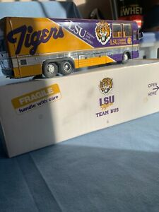LSU team bus
