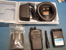 Motorola EX500 UHF 403-470MHz 16 Channel  New In Box Tested