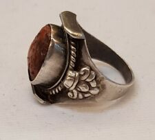 Amizing Euthic Old Silver Unique Ring With Natural Old Coral Stone