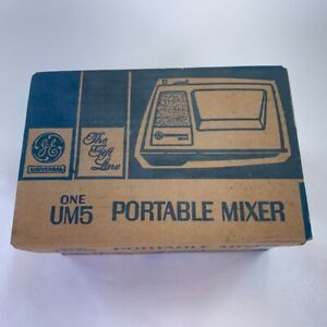 General Electric Universal 3 Speed Hand Mixer White D2UM5 169204 Beaters Vintage