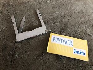 Windsor - Knife with nail file, scissors, tweezers, cuticle & knife blade