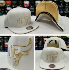 Mitchell & Ness Split White / Gold NBA Chicago Bulls snapback Adjustable Hat Cap