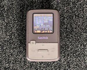 SanDisk Sansa Clip Zip 4GB Rockbox Installed FM MP3 Player