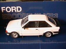 "Corgi Coffret Ford Escort III Xr3 1/43 Livre Serie Speciale ""haynes"""