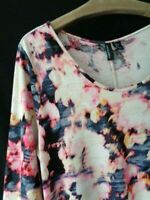 Cynthia Rowley Size Large Pink & Navy Watercolor Floral Knit 3/4 Sleeve Top