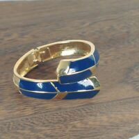 Vintage Trifari Blue Enamel Hinged Clamper Bangle Cuff Bracelet Gold Tone