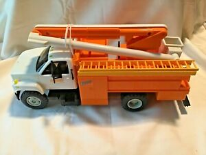 DG PRODUCTIONS NYSEG ENERGY - GMC TOPKICK UTILITY / BUCKET TRUCK MODEL / BANK
