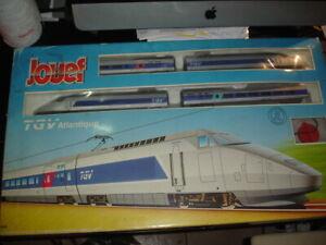 JOUEF COFFRET TGV ATLANTIQUE 741300 HO + SEMAPHORE 931500 + LOT DE RAILS
