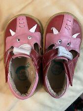 Livie & Luca Elephant Shoes, Size 4, Guc