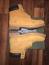 Timberland Men's Boot Size 9 Classic 6 Inch Premium Wheat Nubuck