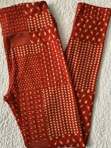 Lularoe Leggings OS Red and Cream Patchwork Squares Vintage Print CHRISTMAS