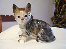 GATTO IN PORCELLANA INGLESE  - Porcelain cat