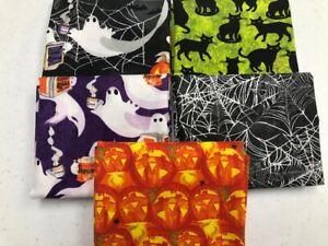 Paquete De Poli Algodón Tela Halloween 6 X Fat Quarters o cuadrados Calabaza Bruja