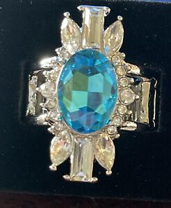 Paparazzi Icy Icon - Blue Gem - White Rhinestone - Ring