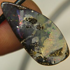 QUEENSLAND BOULDER OPAL 21.1c AUSTRALIA SIDE DRILLED PENDANT OCA13452